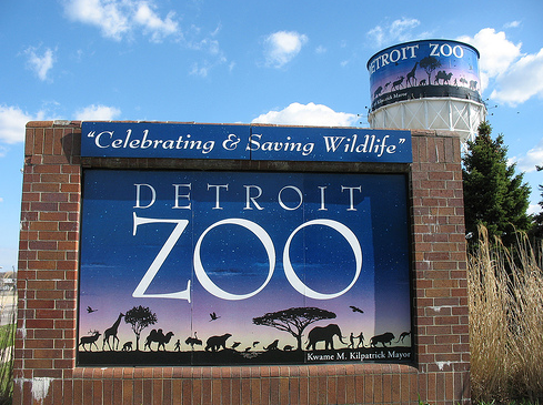 Detroit Zoo Sign