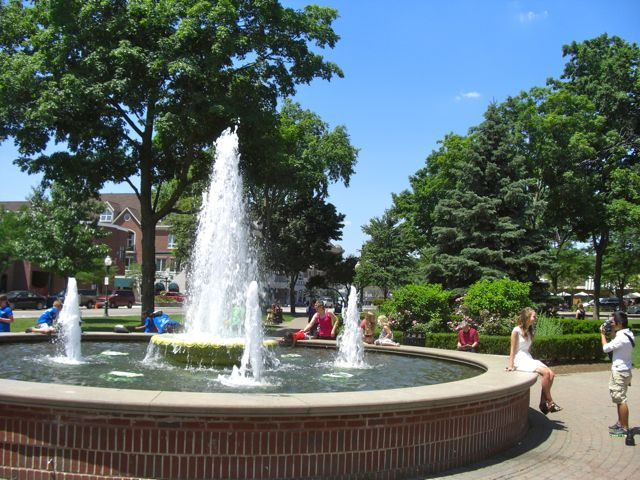 Kellogg Park Fountain