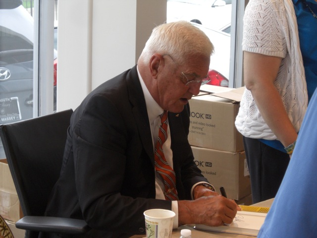 Bob Lutz in Plymouth