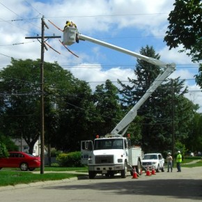 DTE Energy repairs power line in Plymouth Township